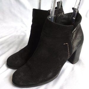 Paul Green ankle booties boots Black suede silver